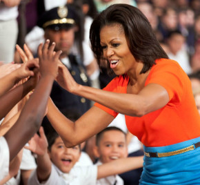 Michelle Obama flexes muscles in gun control debate