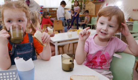 Opinion: Furor over women breadwinners obscures need for early childhood education